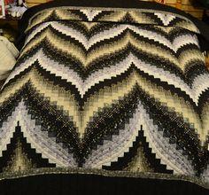 Queen Size Bargello Quilt Patterns | Bargello Flame quilt (C319) Black/Grey/Tan 95x112