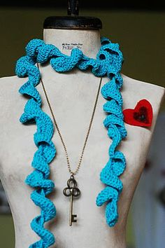 Twirly Scarf Knitting Pattern : 1000+ images about yarn addict on Pinterest Crochet, Free pattern and Free ...