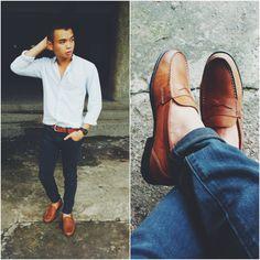 Rockport Penny Loafers, uniqlo denim & zara shirt Uniqlo Jeans, Loafers Outfit, Zara Shirt, Penny Loafers, Boat Shoes, Denim, Long Sleeve, Sleeves, Shirts