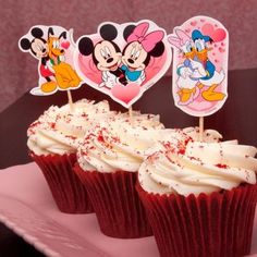 Disney Crafts for Valentine's Day | More Disney printables: stickers, activity sheets, cupcake toppers, cards, and more!