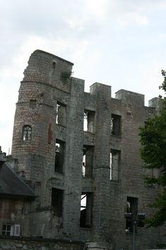 Le donjon des Comtes de Clermont - en 2008