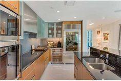 520 West Ave #601, Miami Beach, Florida 33139  Kitchen #BentleyBay #waterfrontcondo #realmiamibeach #luxuryrealestate