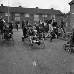 Old pram wheels came in useful, note how all the children of the neighbourhood played in the street together. 1970s Childhood, My Childhood Memories, Old Pictures, Old Photos, Vintage Photos, Vintage Photographs, Unseen Images, Uk History, Local History