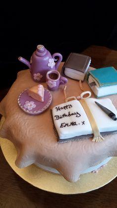 Book &tea cake