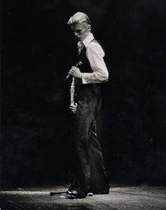David Bowie imita Bruce Springsteen, Iggy Pop e Lou Reed em áudio de 1985