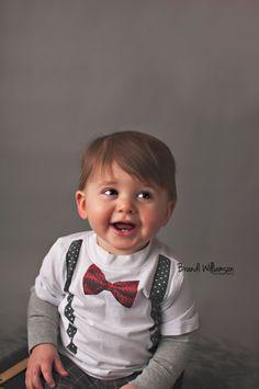 © Brandi Williamson Photography   1 year old birthday boy