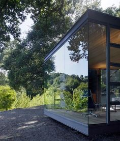 Architects Swatt   Miers suspended three glass pavilions over the edge of a valley in northern California.