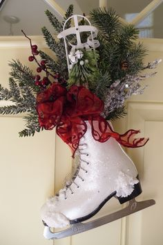 decorated skate by Hope's Design