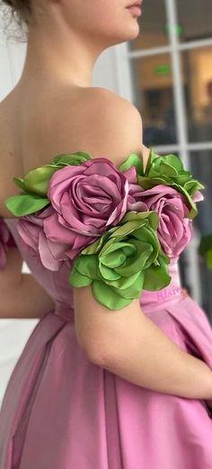 Beautiful Dresses, Nice Dresses, Girls Dresses, Flower Girl Dresses, Prom Dresses, Short Frocks, Barbie Mode, Gown Pattern, Tuxedo Dress