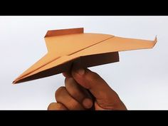 Make A Paper Boat, Fly Paper, Origami Paper Art, Paper Crafts, Origami Aeroplane, Origami Plane, Useful Origami, Origami Easy, Small Airplanes