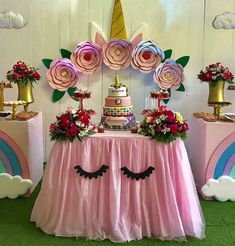 Unicorn Party More decorating ideas on album: Unicorn Party 2 Unicorn Birthday Parties, Baby Birthday, First Birthday Parties, Birthday Party Decorations, Unicorn Baby Shower, Bday Girl, Barbie, Unicorns, Pony