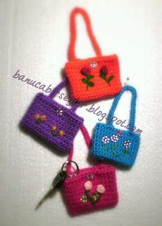 Crochet Medicine Bag Pattern : Crochet keychain coin holder // mini coin purse - crochet ...
