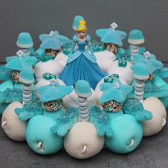 "Mini gâteau de bonbons disney ""Château princesse"" | bonbon-a-gogo.com"