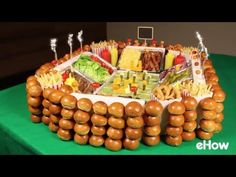 Be the MVP of your Super Bowl party by building this epic snack stadium featuring a gourmet slider bar with custom toppings. Please the crowd by offering a variety of burger options, such as beef, Football Birthday, Football Food, Football Parties, Taco Appetizers, Slider Bar, Super Bowl Sunday, Game Day Food, Party Snacks, Food And Drink