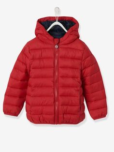 This lightweight hooded jacket is super practical whatever the season: a must-have! We love this jacket's colours, perfect for the mid-season, and they can even wear it under a parka when the weather's nippier! Sous Pull, Boy Blue, Lightweight Jacket, Boy Outfits, Must Haves, Hooded Jacket, Winter Jackets, Boys, How To Wear