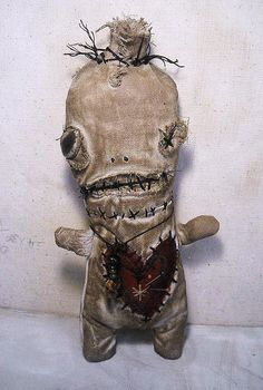 Junker Jane Art Dolls and Soft Sculptures: Voodoo Ezili Creepy Toys, Scary Dolls, Ugly Dolls, Monster Dolls, Monster Art, Soft Sculpture, Sculptures, Creepy Pictures, Gothic Dolls