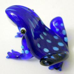 New Hand Blown Glass Blue Tree Frog Multiple Black Spots on Back White Belly Global Villiage http://www.amazon.com/dp/B014X7VTQ4/ref=cm_sw_r_pi_dp_52scxb1ZKJR7A