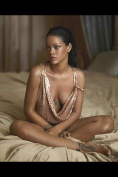 Rihanna x Vogue x April 2016