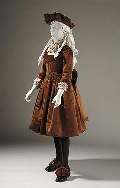 Girl's dress, ca 1890 US, LACMA