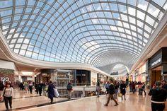 Galeria de Shopping Center Chadstone / CallisonRTKL + The Buchan Group - 1 Mall Design, Roof Design, Retail Design, Store Design, Urban Furniture, Design Furniture, Furniture Ideas, Wooden Furniture, Office Furniture