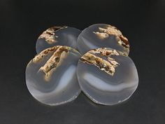 Raw Agate Coasters Set of 4 Large Gray Agate Quartz Geode Coasters Agate Slice Mineral Drinkware Coasters Picture Agate Stone Coasters