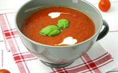 Zimowa zupa pomidorowa z passaty (przecieru) Thai Red Curry, Cantaloupe, Fruit, Cooking, Ethnic Recipes, Food, Kids, Kitchen, Young Children