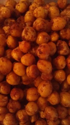 This is a yummy snack that I used to make all of the time. Healthy and simple. Spicy Toasted Chickpeas Snack