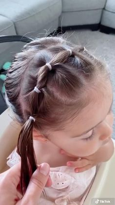 Toddler Hair Dos, Easy Toddler Hairstyles, Easy Little Girl Hairstyles, Girls Hairdos, Cute Little Girl Hairstyles, Baby Girl Hairstyles, Easy Hairstyles, Hairstyles For Toddlers, Childrens Hairstyles