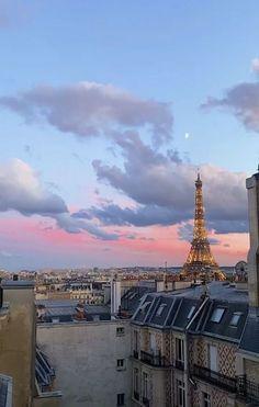 travel, paris und france Bild bei We Heart It Places To Travel, Travel Destinations, Places To Visit, City Aesthetic, Travel Aesthetic, Summer Aesthetic, Paris Travel, Travel Goals, Belle Photo