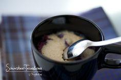 Schwarzbeer-Tassenkuchen