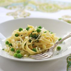 Fettuccine with Peas, Leeks and Thyme recipe