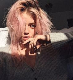 Save money! Why Washed-Out Hair Color Is This Summer's Best Lazy Beauty Statement