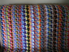 Apache Tears afghan .... pattern  http://www.angelfire.com/oh/crochethook/patts/navajo.html