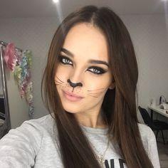 Makeup idea for Halloween. MUA @daryakruglova #halloween #catmakeup #halloween2017