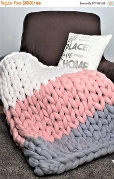 Chunky Knit Blanket Diy White Pink Blue Blanket On Chair ; chunky knit blanket diy white pink blue blanket on chair Knot Blanket, Hand Knit Blanket, Knitted Baby Blankets, Knitted Blankets, Diy Blankets, Chunky Knit Throw, Chunky Blanket, Blue Blanket, Chenille Blanket