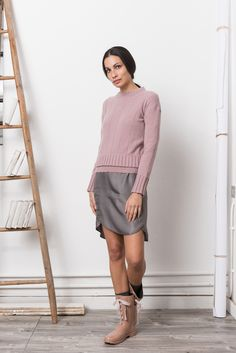 http://www.momoe.it    sweet autumn dress and sweater knitwear outfit