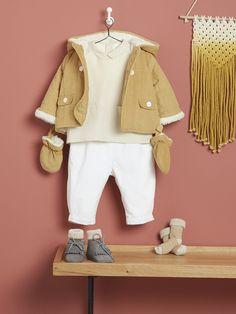 Babys-Herbst-Winter Ensembles-Helles Baby-Outfit in schönen Herbstfarben mit Jacke, Socken und weißer Hose