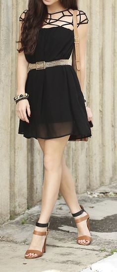 Cage shoulders black dress with awesome heeled sandals