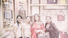 """Así disfrutamos una """"tarde de amigas"""" en nuestra O bag en El Centro Comercial Viva en """"La Arenosa"""". @vivabarranquillacc"""