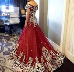 Wedding Frocks, Pretty Quinceanera Dresses, Red Gowns, Indian Couture, Evening Gowns, Beautiful Dresses, Ball Gowns, Fancy, Formal Dresses
