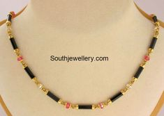 Short Mangalsutra with Onyx Pipe Beads photo Gold Mangalsutra Designs, Gold Jewellery Design, Bead Jewellery, Beaded Jewelry, India Jewelry, Latest Jewellery, Bridal Jewellery, Diamond Jewellery, Handmade Jewellery