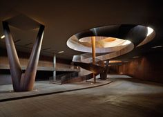 Antinori Winery by Archea Associati The site is surrounded by the unique hills of Chianti, covered with vineyards, half-way between Florence and Siena. A cultured and illuminated customer has made it. Art Et Architecture, Cabinet D Architecture, Industrial Architecture, Amazing Architecture, Contemporary Architecture, Spiral Staircase, Staircase Design, Modernisme, Carlo Scarpa