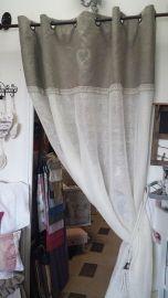 1000 id es sur rideaux de dentelle sur pinterest rideaux crans et traitements pour fen tres. Black Bedroom Furniture Sets. Home Design Ideas