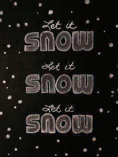 Snow chalk art Christmas Games, Christmas Printables, Christmas Decorations, Holiday Decor, Chalk Wall, Chalk Board, Chalk Design, Chalkboard Ideas, Creative Kids