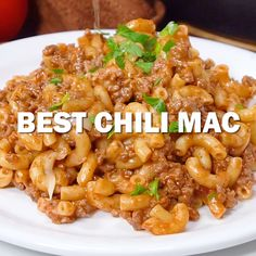 Want to make the BEST Chili Mac Worldwide? This is the recipe you've been waiting for! This delicious Chili Mac is super quick and easy to make with ingredients that you already have on hand! Chili Mac And Cheese, Mac Chili, Chili Mac Recipe, Chili Mac Crockpot, Chilli Mac, Chili Pasta, Chili Food, Chicken Pasta Recipes, Meat Recipes