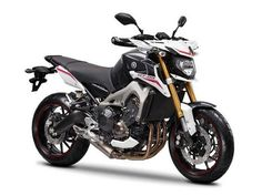 fitted with the latest technologies developed by the japanese manufacturer the yamaha mt-09 nbsp ...