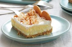 Layered Coconut Cream Cheesecake Bars -- Warning, coconut lovers: It may be hard to eat just one piece of our fluffy cheesecake bars. Share this beautiful dessert at your next gathering. Check out the website to see Kraft Foods, Kraft Recipes, Fluffy Cheesecake, Cheesecake Bars, Cheesecake Recipes, Coconut Cheesecake, Pie Bars, Köstliche Desserts, Delicious Desserts