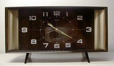 Cadran électrique d'époque. Electric Alarm clock. Vintage.