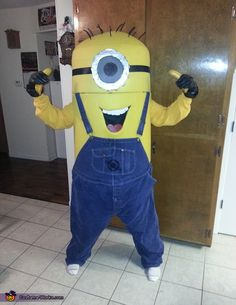 Bonnie: 'll start by saying I'm not the most creative person I know but I instantly fell in love with the minions. After searching the internet I realize the only minion...