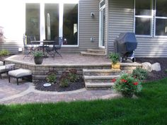Multi-level paver patio